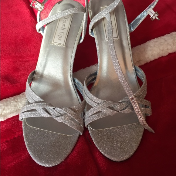 5a99e8fe594 in touch Shoes - Silver sparkle wedge sandals dressy